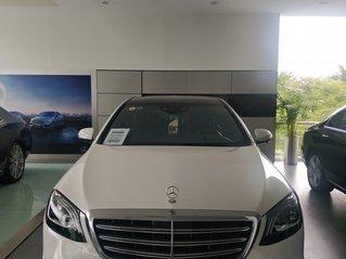 Cần bán xe Mercedes-Benz S450L đời 2017, xe lướt 3800km, giá thấp
