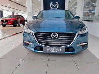 Bán Mazda 3 Luxury đời 2019, màu xanh lam, giá chỉ 649 triệu