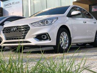 Bán Hyundai Accent sản xuất năm 2019, màu trắng, giá tốt nhất