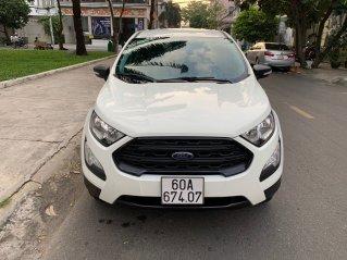 Bán nhanh Ford EcoSport 1.5AT Ambiente mua T8/2019 màu trắng xe đẹp như mới