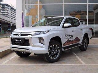 Bán ô tô Mitsubishi Triton 4x4 MT MIVEC năm 2019, màu trắng, nhập khẩu