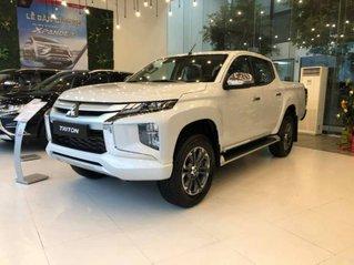 Cần bán Mitsubishi Triton 4x2 MT sản xuất 2019, màu trắng, xe chính hãng