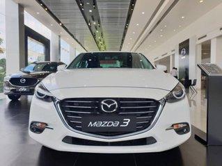 Cần bán Mazda 3 1.5G AT, số tự động sản xuất 2019, giao xe nhanh toàn quốc
