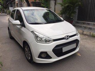 Cần bán gấp Hyundai Grand i10 đời 2017, màu trắng, số sàn