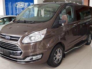 Ford Tourneo model 2020 - ngập tràn ưu đãi, tặng kèm phụ kiện