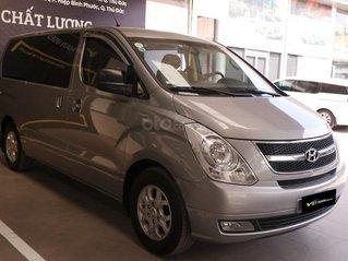 Hyundai Starex 2.5MT 2015, có kiểm định chất lượng