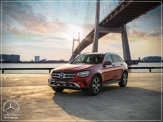 2021 Mercedes-Benz GLC 200 4Matic New/ SUV 5 chỗ cao cấp, trả trước 620tr - xe giao ngay- bank 80%