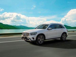Bán xe Mercedes-Benz GLC200 2020 - đủ màu xe, giao xe tháng 12/2020