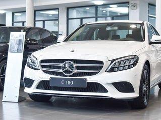 Mercedes-Benz C180 New - tặng 100% thuê trước bạ- trả góp 80% lãi suất tốt