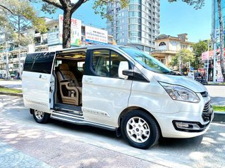 Ford Tourneo Limousine Trend, chỉ 350tr giao xe ngay