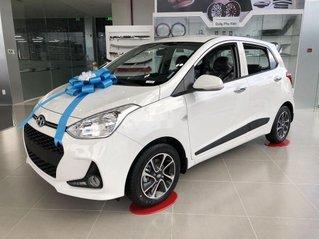 Cần bán Hyundai Grand i10 năm 2020, màu trắng
