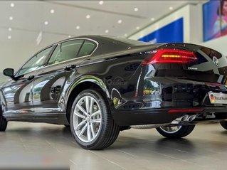 Còn 1 chiếc Passat Bluemotion 2020 màu đen duy nhất - mua xe nhập giá bất ngờ - liên hệ Mr Hùng Lâm VW Sài Gòn
