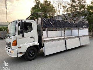 Xe tải Hino 6,4 tấn sản xuất năm 2020