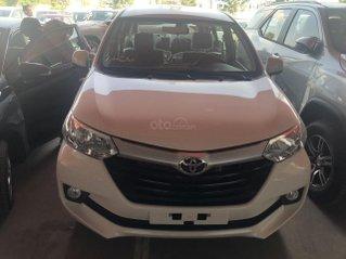 Bán  Toyota Avanza 1.3 số sàn 7 chỗ, màu trắng - khuyến mãi khủng
