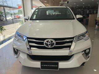 Bán Toyota Fortuner 2.4 số tự động, màu trắng ngọc trai khuyến mãi lớn