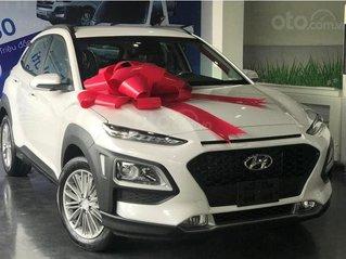 Bán Hyundai Kona 2.0 tiêu chuẩn 2020 - Ưu đãi 15 triệu tiền mặt + phụ kiện chính hãng - Trả trước 200 triệu nhận xe ngay