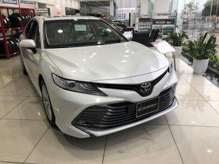 Toyota Nam Định bán Camry 2.0G giá tốt, khuyến mại khủng, giao xe ngay, hỗ trợ trả góp 80%