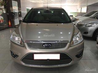 Bán Ford Focus 2.0AT sx 2011, màu ghi vàng