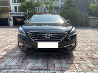Bán xe Hyundai Sonata sản xuất 2015, màu đen xe gia đình giá 675 triệu đồng