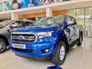 Ford Ranger 1 cầu số tự động xe có giao ngay. Tặng nắp thùng, lót thùng, camera hành trình, lót sàn, phim cách nhiệt