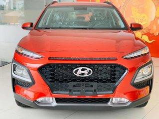 Giảm giá Hyundai Kona mạnh nhất lên đến 20 triệu tiền mặt phụ kiện, hỗ trợ trả góp lãi suất từ 0,74%
