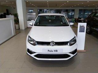 [Volkswagen Trường Chinh] Mời Anh/chị xem giá lăn bánh + CTKM xe Polo Hatchback 2021 màu trắng 5 chỗ, chỉ 350tr nhận xe