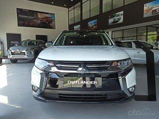 Mitsubishi Outlander 2.4 CVT lăn bánh chỉ với 300 triệu, hỗ trợ vay đến 85% giá trị xe, tặng cam 360