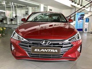Bán xe Hyundai Elantra 1.6AT đời 2020 mới 100%, xe giao ngay,... Tặng quà hấp dẫn, bán trả góp, lãi suất thấp