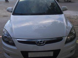 Cần bán Hyundai i30 sx năm 2011 nhập khẩu giá tốt