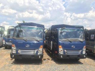 Xe tải Tera 245L, máy Isuzu, tải 2T4 - trả trước 135tr có xe ngay, khuyến mãi cực sốc