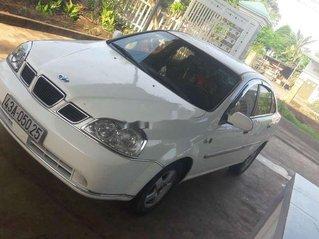 Cần bán lại xe Daewoo Lacetti đời 2004, màu trắng, giá chỉ 120 triệu