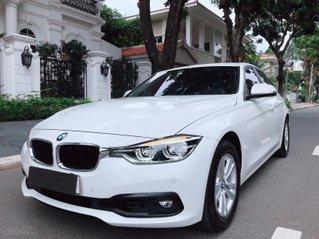 BMW 320i sản xuất 2018 đăng kí 2019 còn mới tinh