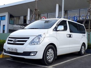 Bán xe Hyundai Grand Starex 2.5 MT đời 2017, màu trắng, xe nhập còn mới giá cạnh tranh