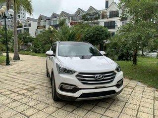 Cần bán Hyundai Santa Fe năm 2017, màu trắng còn mới