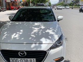 Chính chủ bán xe Mazda 3 1.5 AT sản xuất 2018, màu trắng, 640 triệu