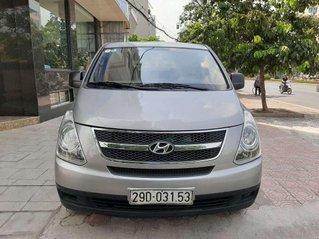 Cần bán Hyundai Grand Starex sản xuất 2013, màu xám còn mới giá cạnh tranh