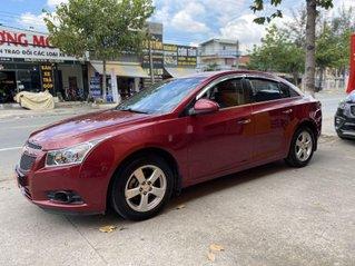 Cần bán gấp Chevrolet Cruze đời 2013, màu đỏ còn mới