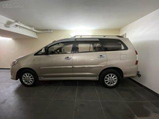 Cần bán lại xe Toyota Innova sản xuất 2013 giá cạnh tranh