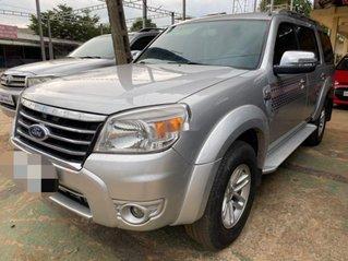 Cần bán lại xe Ford Everest đời 2011, màu bạc còn mới, giá tốt