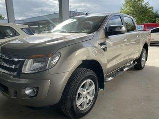 Cần bán Ford Ranger XLT năm sản xuất 2015, nhập khẩu còn mới giá cạnh tranh