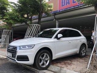 Bán xe Audi Q5 đời 2017, màu trắng siêu đẹp