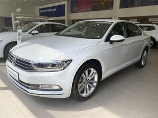 Khuyến mãi tháng 8/2020 xe Volkswagen Passat Bluemotion 2020 cao cấp nhập khẩu từ Đức sang trọng