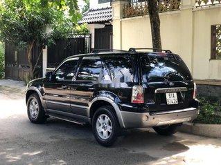 Gia đình bán Ford Escape đời 2004, màu đen số tự động