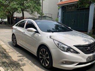 Bán Hyundai Sonata sản xuất năm 2012, màu trắng còn mới, giá tốt