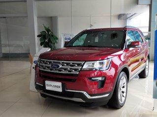 Cần bán Ford Explorer sản xuất 2019, giá giảm sập sàn