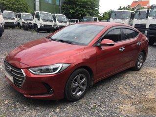 Xe Hyundai Elantra 1.6MT đời 2017, màu đỏ còn mới