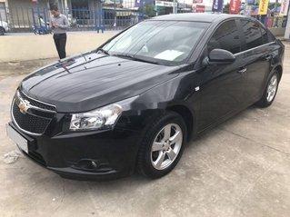 Bán xe Chevrolet Cruze sản xuất 2013, màu đen còn mới