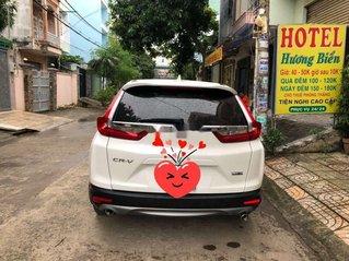Xe Honda CR V đời 2018, màu trắng, nhập khẩu nguyên chiếc