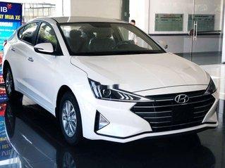 Bán ô tô Hyundai Elantra AT sản xuất 2020, xe giá thấp, giao nhanh toàn quốc