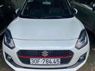 Cần bán gấp Suzuki Swift sản xuất 2019, màu trắng, xe nhập, giá tốt
